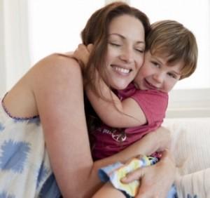 сколько денег положено матерям одиночкам по закону
