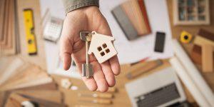 Плюсы перевода квартиры в собственность граждан